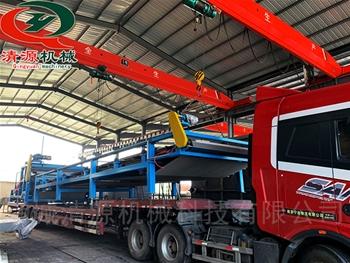 发往江苏扬州的带式污泥压滤机全tao设备